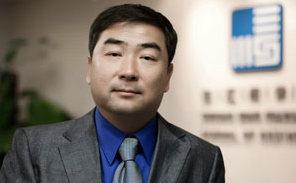 刘劲:长江商学院会计与金融学教授