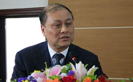 黄健柏:中南大学商学院教授