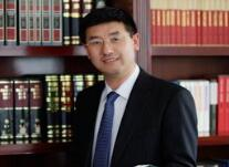黄泰岩:广西大学商学院教授