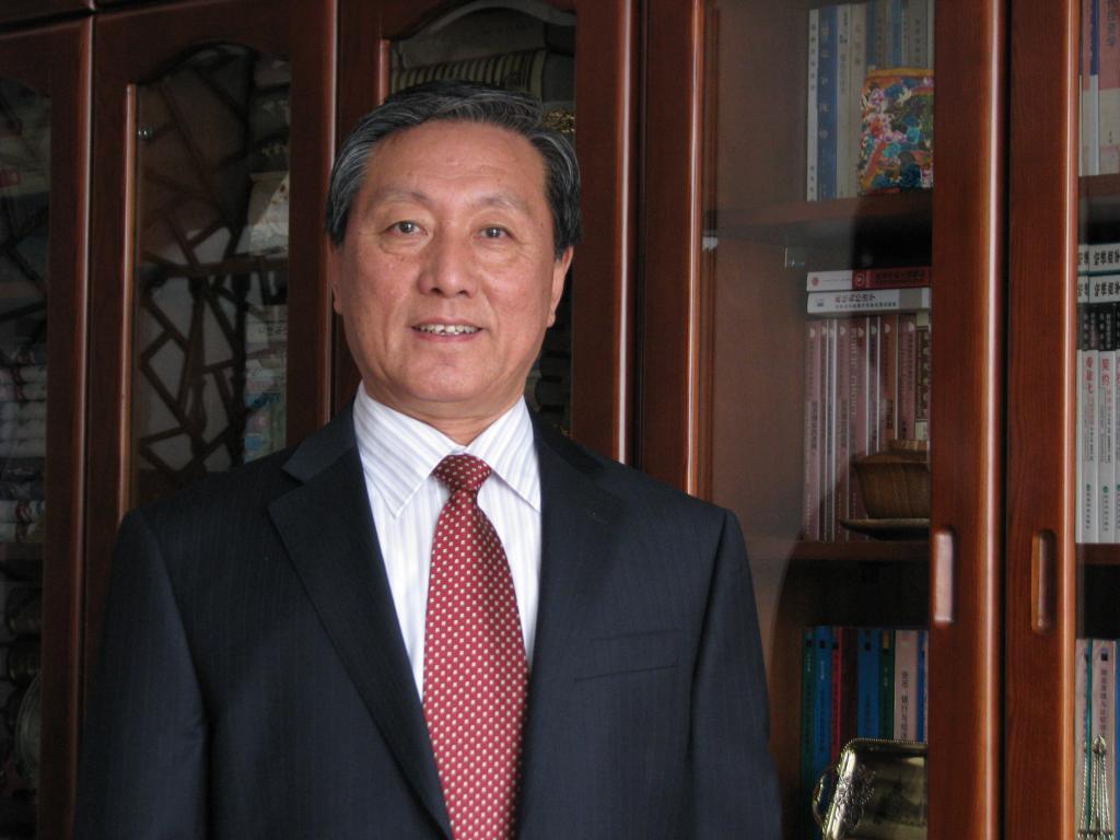 张屹山:吉林大学商学院教授