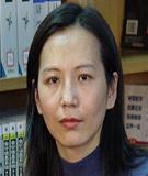 陈亚荣:东华大学旭日工商管理学院副教授