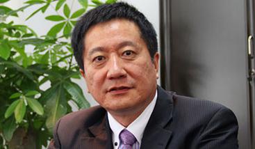 孔英:北京大学汇丰商学院教授