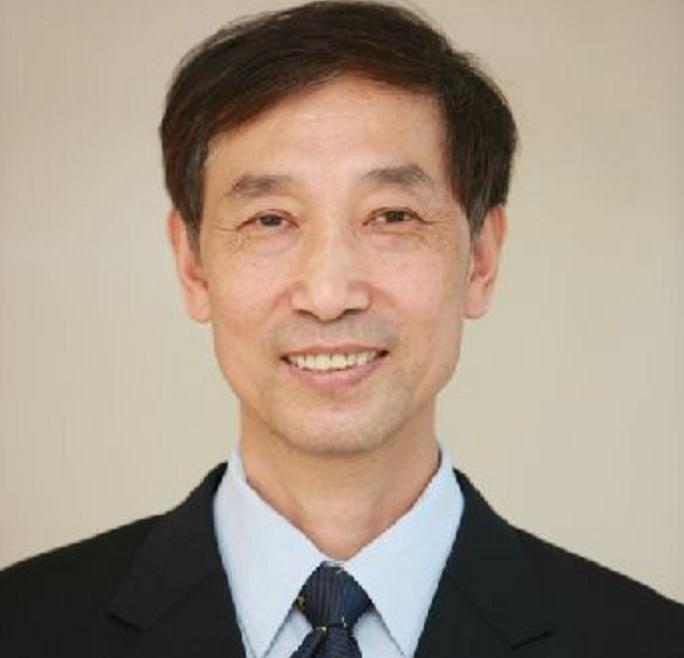 戴国强:上海财经大学教授