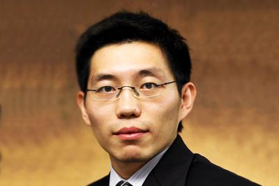 新加坡国立大学EMBA教授:傅强(中国)
