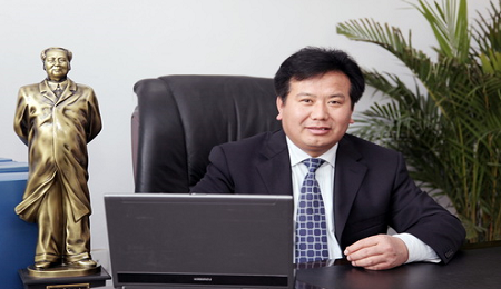 郑州大学EMBA校友周运杰:圣光医药集团董事长