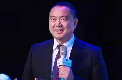 """新国大EMBA校友施乾平:荣获""""2017年度中国公益人物""""奖"""
