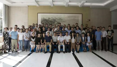 """南京理工大学EMBA""""航天发展与空间安全""""讲座结束"""
