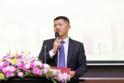 欧阳良宜副院长2018级北大汇丰商学院EMBA开学典礼致辞