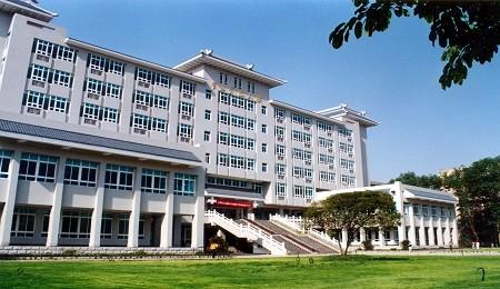 全国首次专业学位水平评估结果公布 四川大学EMBA获A-评级