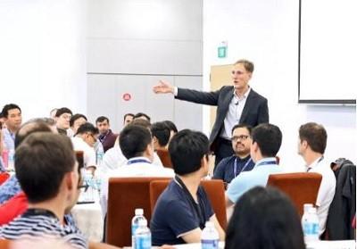 NUS商学院副院长武耀恒教授:EMBA课堂的吸引力到底在哪里?