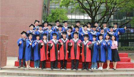 湖南大学EMBA25班结业典礼隆重举行