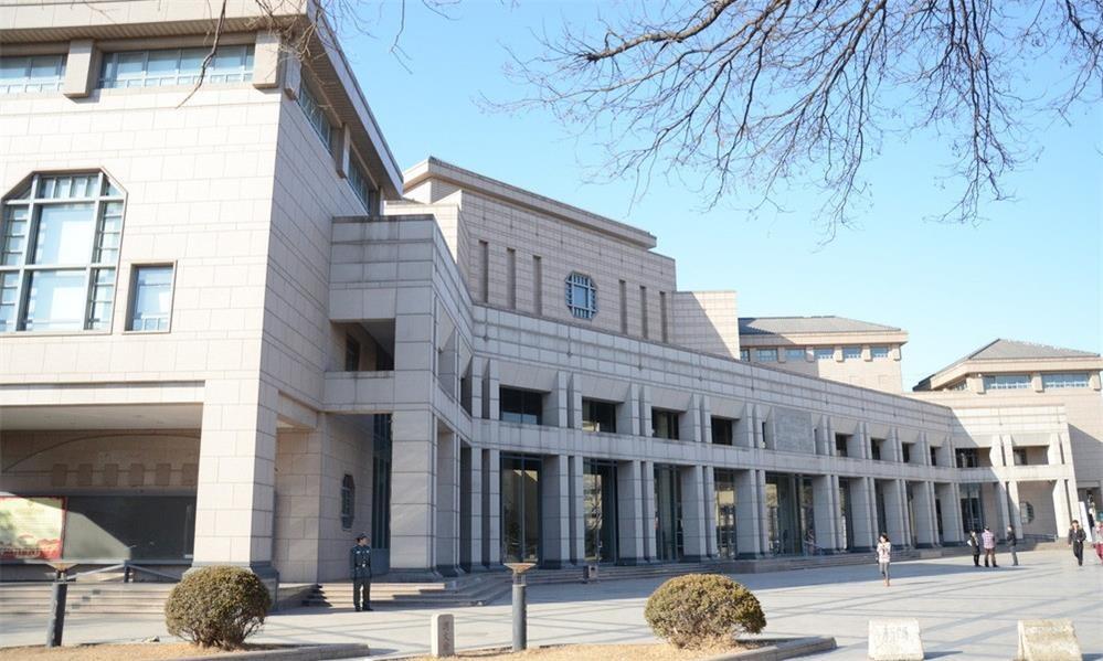北京大学光华管理学院校园风景