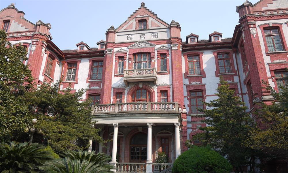 上海交通大学校园实景-上海交通大学校门