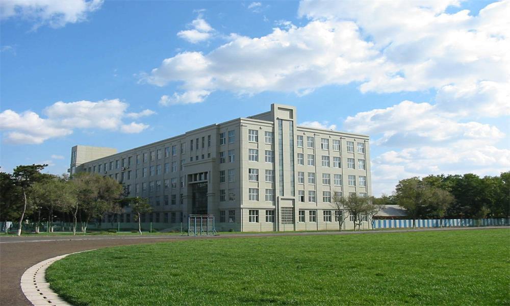 东北大学校园实景-