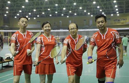 北京邮电大学EMBA羽毛球团体赛.jpg