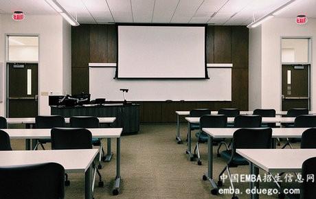 北大光华EMBA学员在课堂上收获了