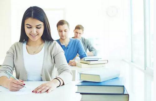 上海财经大学商学院EMBA入学考试