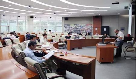 哈尔滨工业大学EMBA学位论文答辩顺利举行