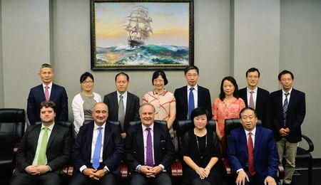 东华大学旭日工商管理学院通过AMBA认证