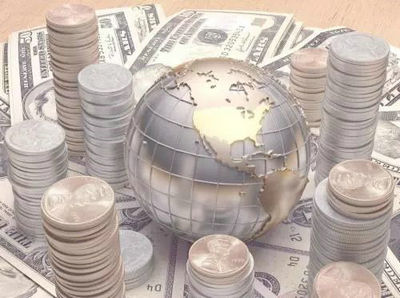 金融代言人:浪潮中的探索者