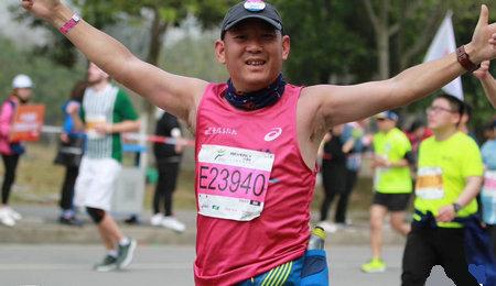 上财EMBA户外运动俱乐部与比佛利无锡国际马拉松
