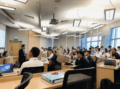 国大中文EMBA28班第一学段探班图片05