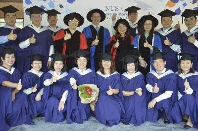 新加坡国立大学中文EMBA毕业典礼图片01